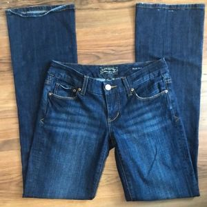 Seven7 bootcut jeans size 26, length 33 inches
